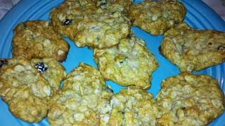 oatmeal cookie recipe, how to make cookies, oatmeal raisin cookies, soft delicious cookie recipe