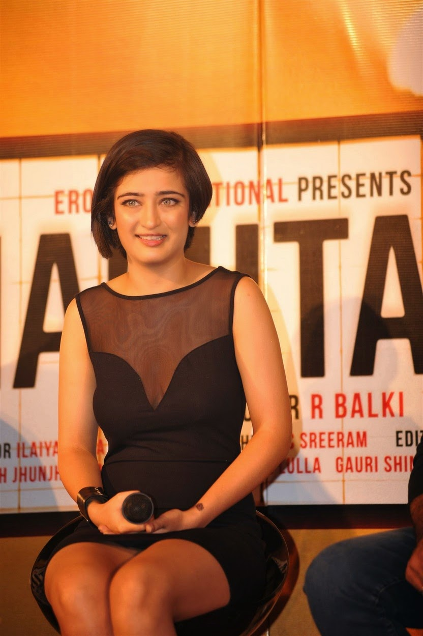 Akshara Haasan At Shamitabh Hindi Movie Trailer Launch Pics