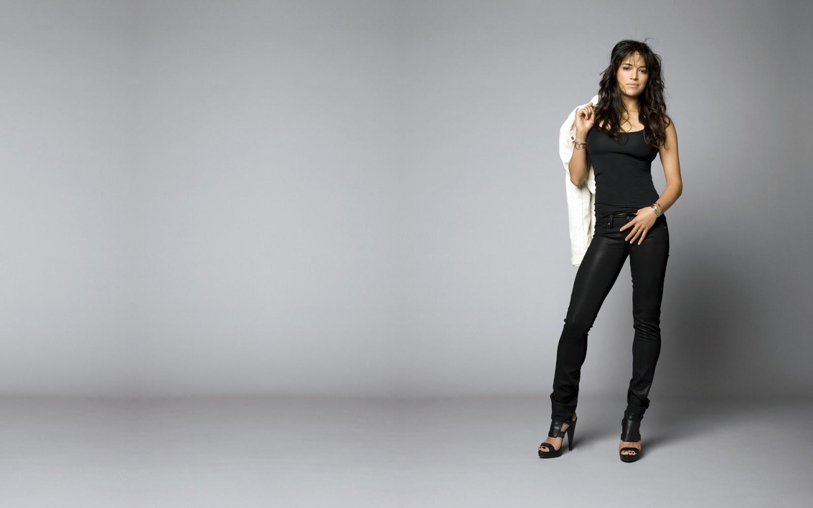 http://2.bp.blogspot.com/-Ip_YneiJMac/USGiyT3CWHI/AAAAAAAADfg/X8UYdzsEwhE/s1600/Michelle-Rodriguez-Hd-a-wallpaper-656.jpg