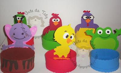 mesa-de-guloseimas-galinha-pintadinha
