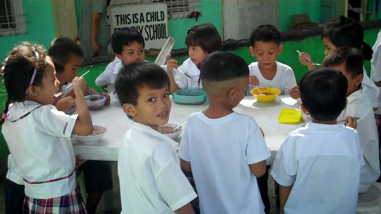 Soup Kitchen Feeding Program #6 | Rotary Club of Cavite Export ...