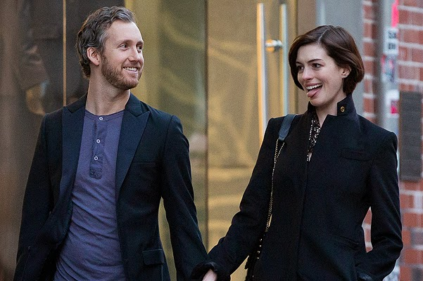 Autumn in New York: Anne Hathaway and Adam Shulman on shopping