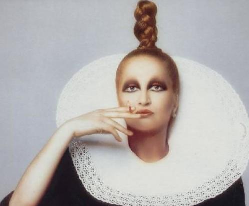 NOTE DE L'HOTEL: Mysterious Mina Mazzini Medley : Eyewear ...