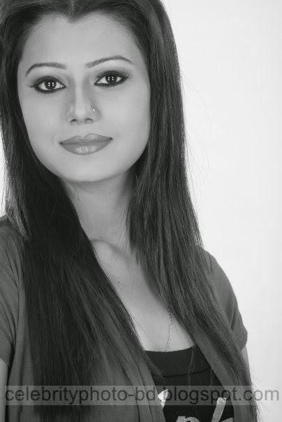 Beautiful+Popular+BD+Actress+Tanzika+Amin+Latest+Photos003