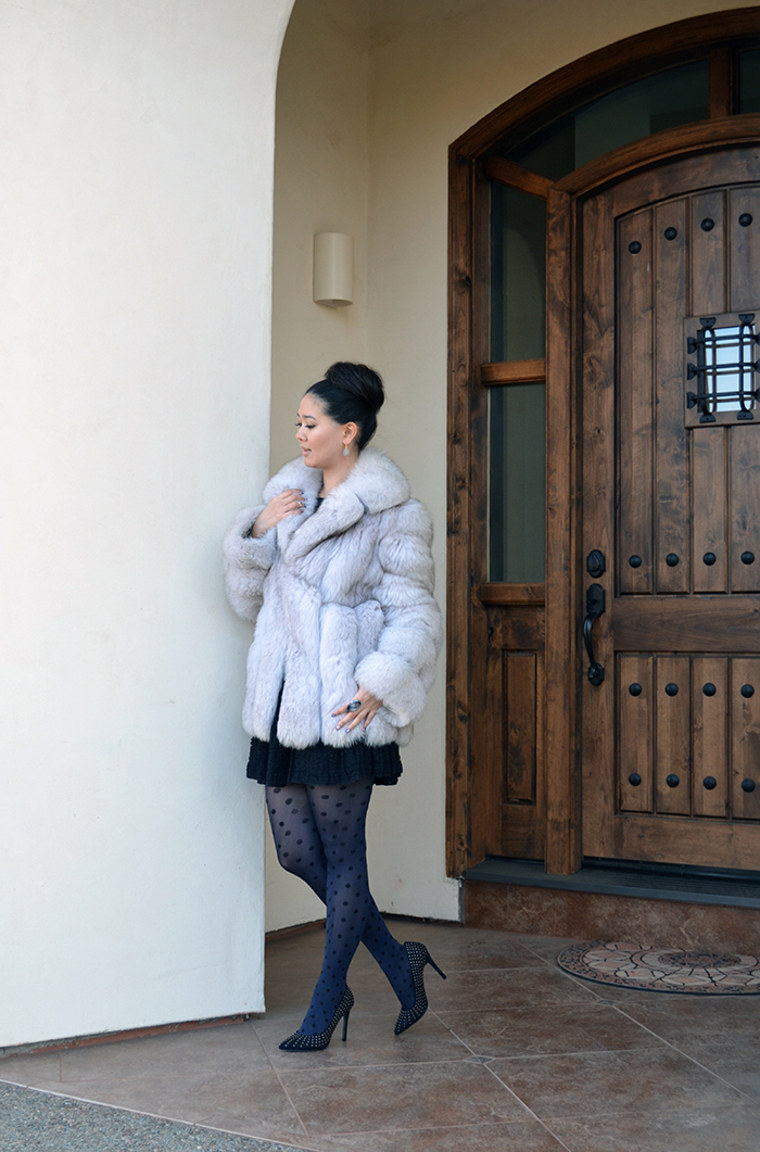 what to wear with white fur coat