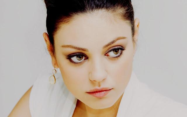 Mila Kunis - Donna più sexy del 2012