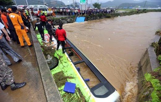 Lima maut lima hilang dalam banjir kilat di Korea Selatan