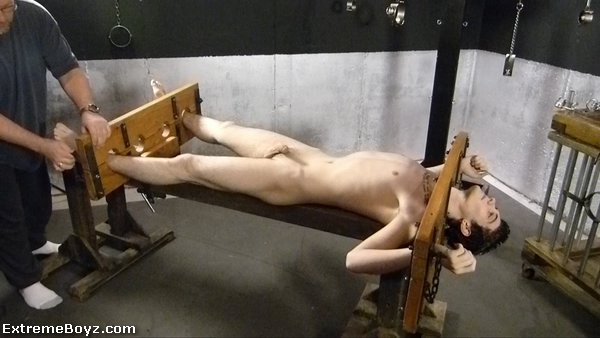 Корейское Порно Геи Пытки Девушками