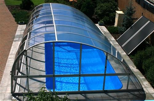 Piscinas cubiertas de policarbonato en madrid y resto de for Cubiertas de piscinas baratas