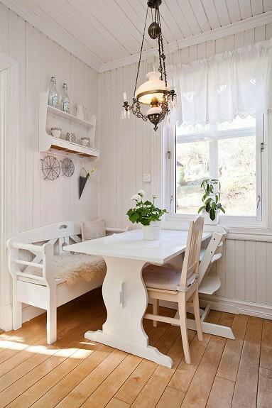 Otthon vidéken: Eladó norvég kis házikó