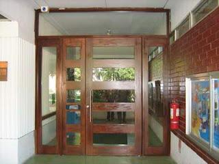 Fotos y dise os de puertas puertas rusticas exterior for Puertas corredizas rusticas