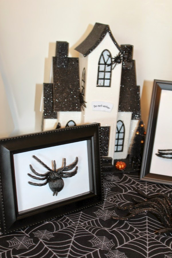 easy halloween spider picture frame