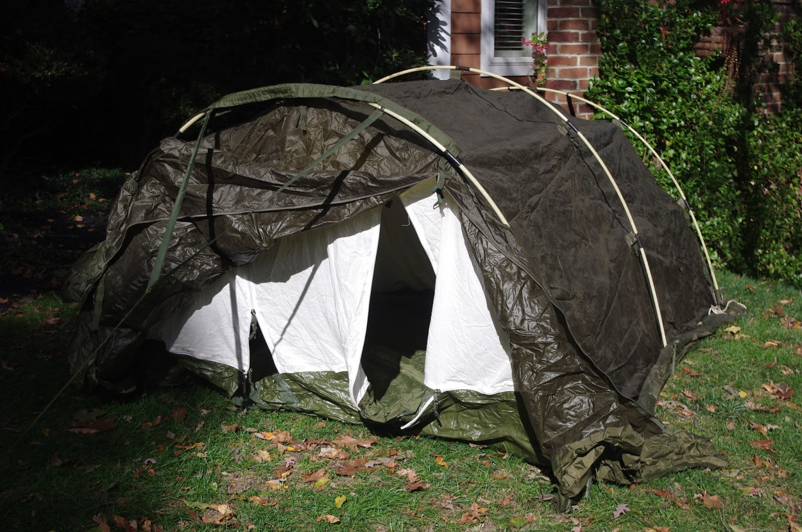 The entrance can be minimized to two entrances at each end or opened wide to create an entrance as large as the entire end of the tent. & Surviving the Worst of Mother Nature in British Style: Looking for ...