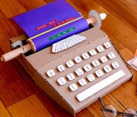 http://translate.google.es/translate?hl=es&sl=auto&tl=es&u=http%3A%2F%2Fwww.estefimachado.com.br%2F2013%2F07%2Fmaquina-de-escrever-de-papelao-meu-post.html