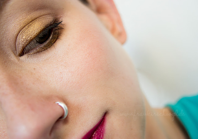 eye-makeup details