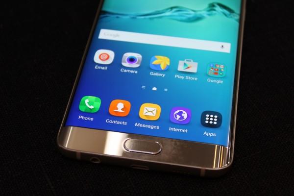 آخر المعلومات حول مميزات و موعد تقديم هاتف غالاكسي S7