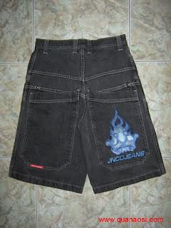 Quần short jean size đen và jean xanh cổ điển
