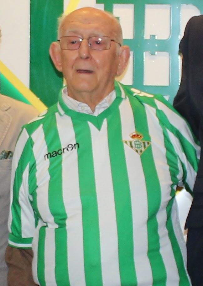 Padre+Sarmiento+Betis.jpg