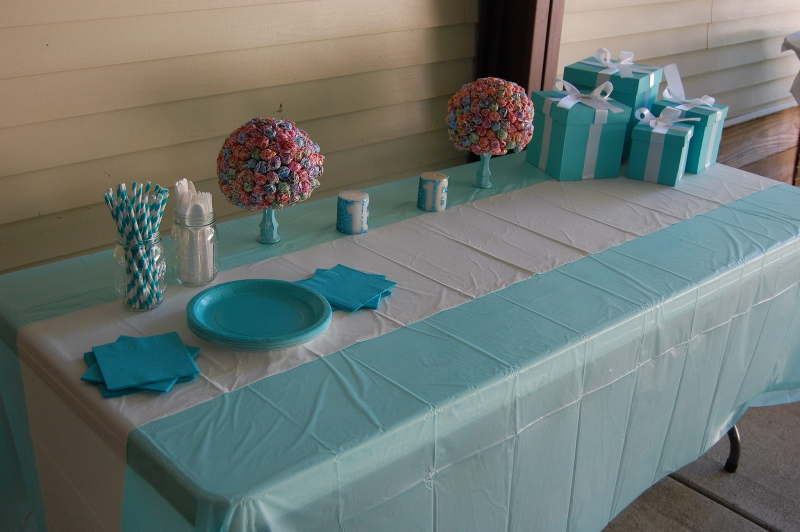 DIY Tiffany & Co. inspired birthday party