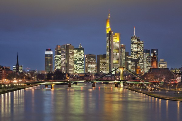 Frankfurt Skyline by Philipp Klinger