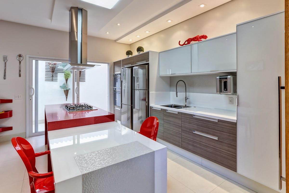 #B71814 15 Cozinhas vermelhas modernas veja modelos maravilhosos mais dicas  1200x800 px Cadeira De Cozinha Americana Preço #1595 imagens