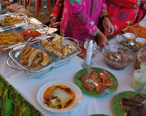 Festival Teluk Jailolo Di Halmahera Barat