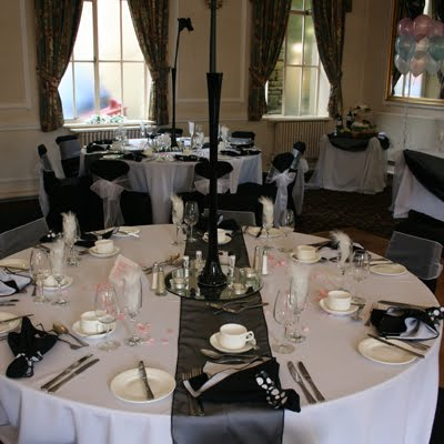 Black And White Wedding Table Centerpieces. A lack and white wedding