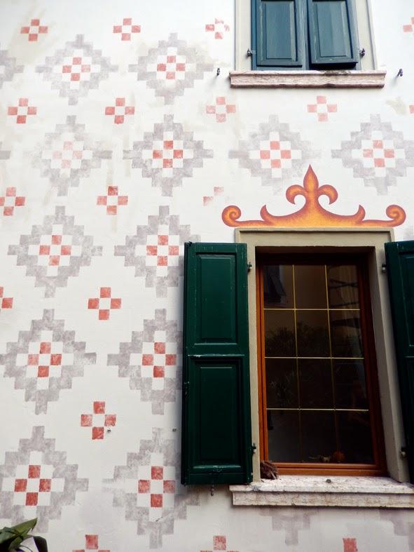 Tiziana lutteri facciata decorata con effetto antico - Home design decoro shopping ...