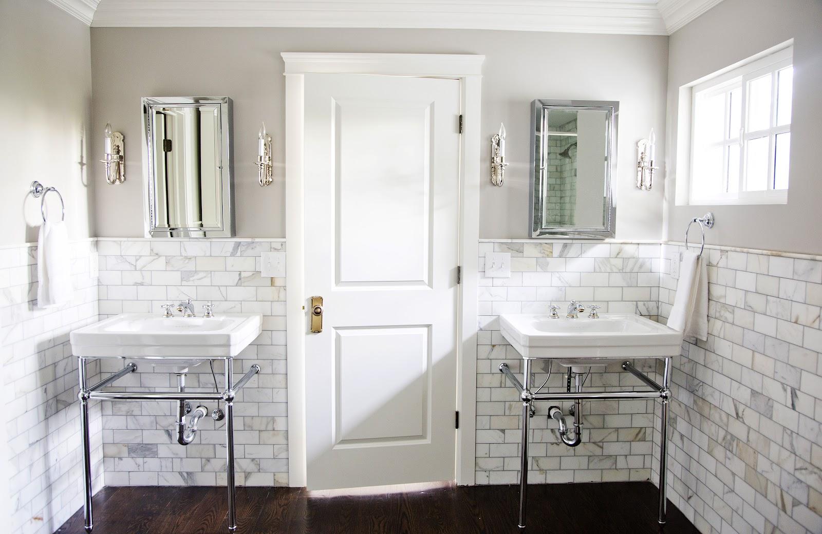 http://2.bp.blogspot.com/-It1_cWTvvkw/T9ISFeCFy5I/AAAAAAAAA00/TP0T1ueWfjg/s1600/emilybrownpaography_masterbathroom.jpg