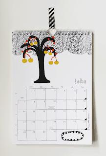 Persoonallinen design seinäkalenteri vuodelle 2013