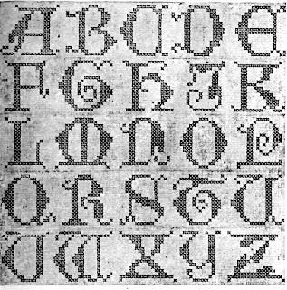 Letras mayusculas en punto de cruz