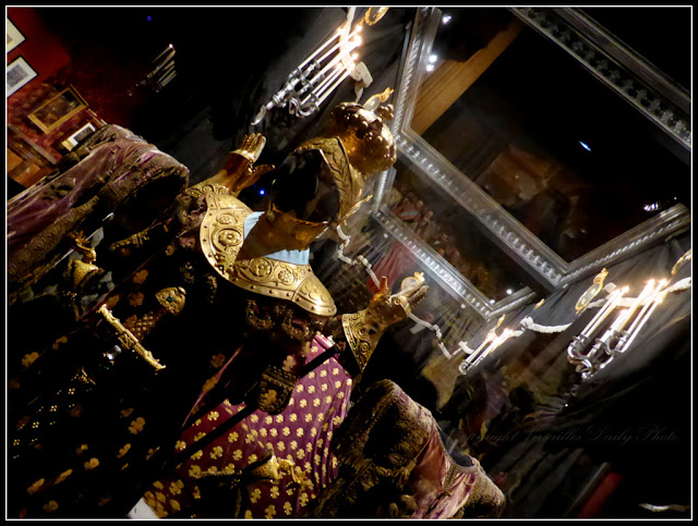 Le roi est mort Versailles funérailles Louis XVIII