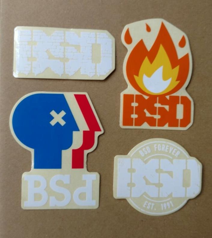 Stickers BSD x 4 $2.500 (oferta)