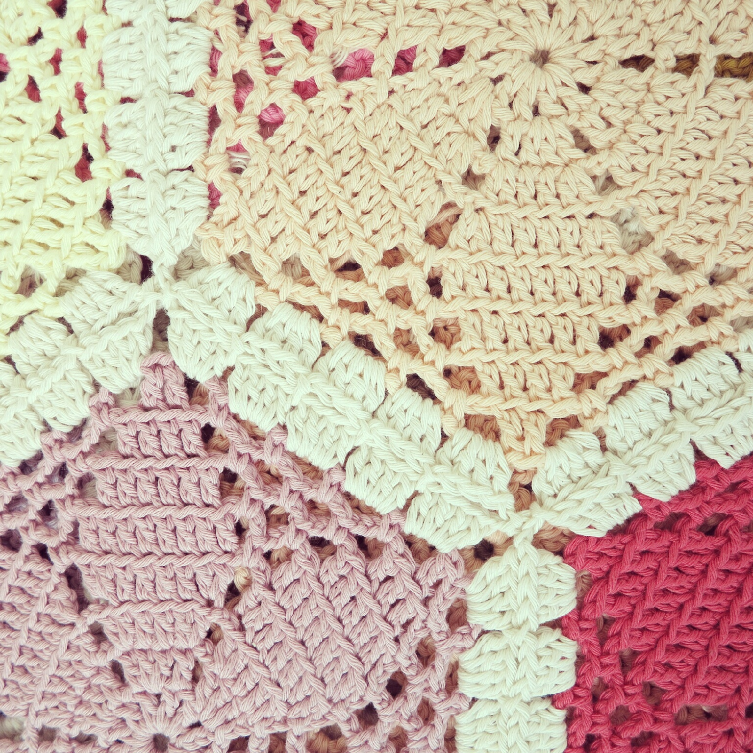 Crocheting Hexagons : ByHaafner, crochet, work in progress, throw, blanket, hexagon, pastel