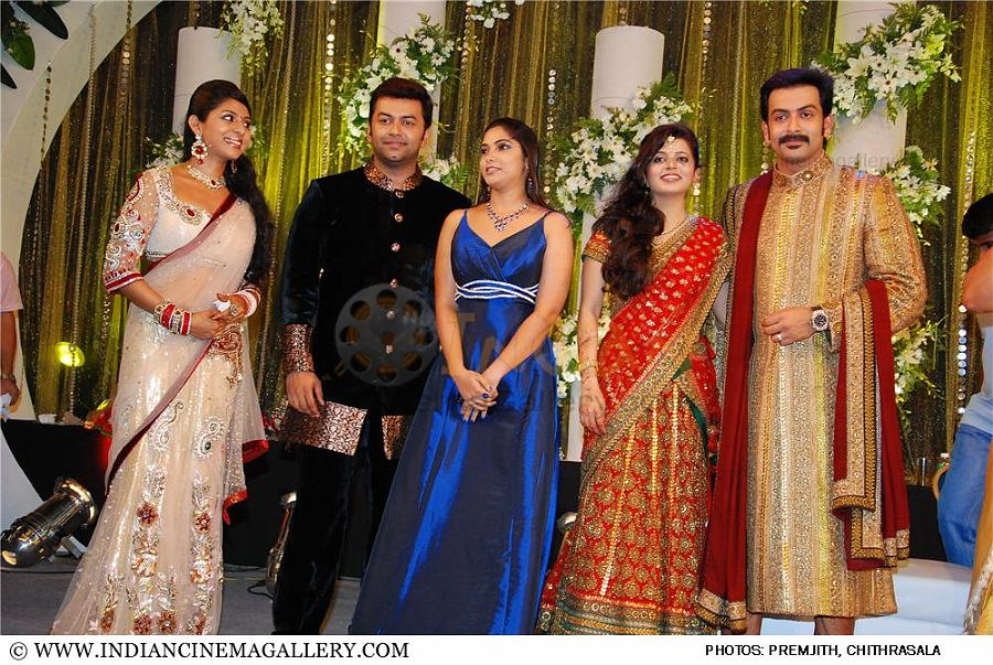 Images For > Supriya Menon First Marriage With Pradeep Photos