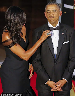 Michelle Obama stuns in designer Vera Wang gown as Obama's host Chinese leader,THE OBAMA'S,michelle obama and barack obama