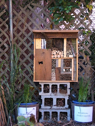BENEFICIAL INSECT HOTEL