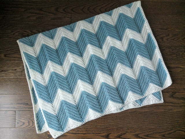 Chevron crochet baby blanket dear edna the pattern i used is by krista winters and is posted for free on her blog i had no problems at all with the main chevron pattern dt1010fo
