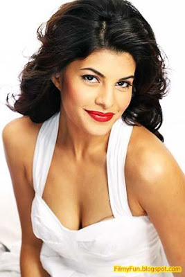 jacqueline_fernandes_hottest_foreign_actress_in_bollywood_FilmyFun.blogspot.com