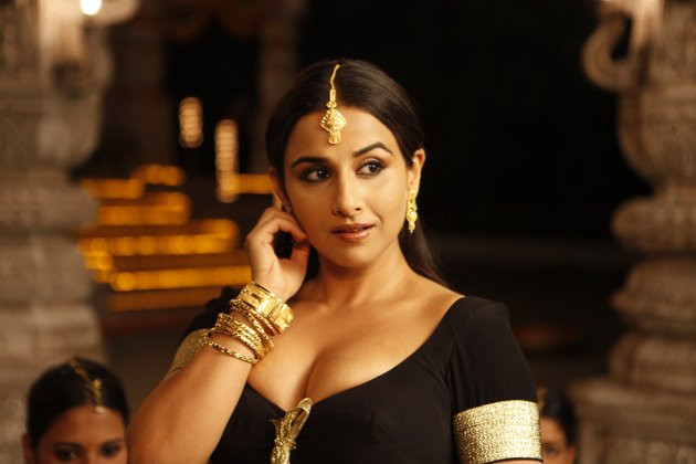 vidya balan exposing from the dirty picture, vidya balan spicy hot images
