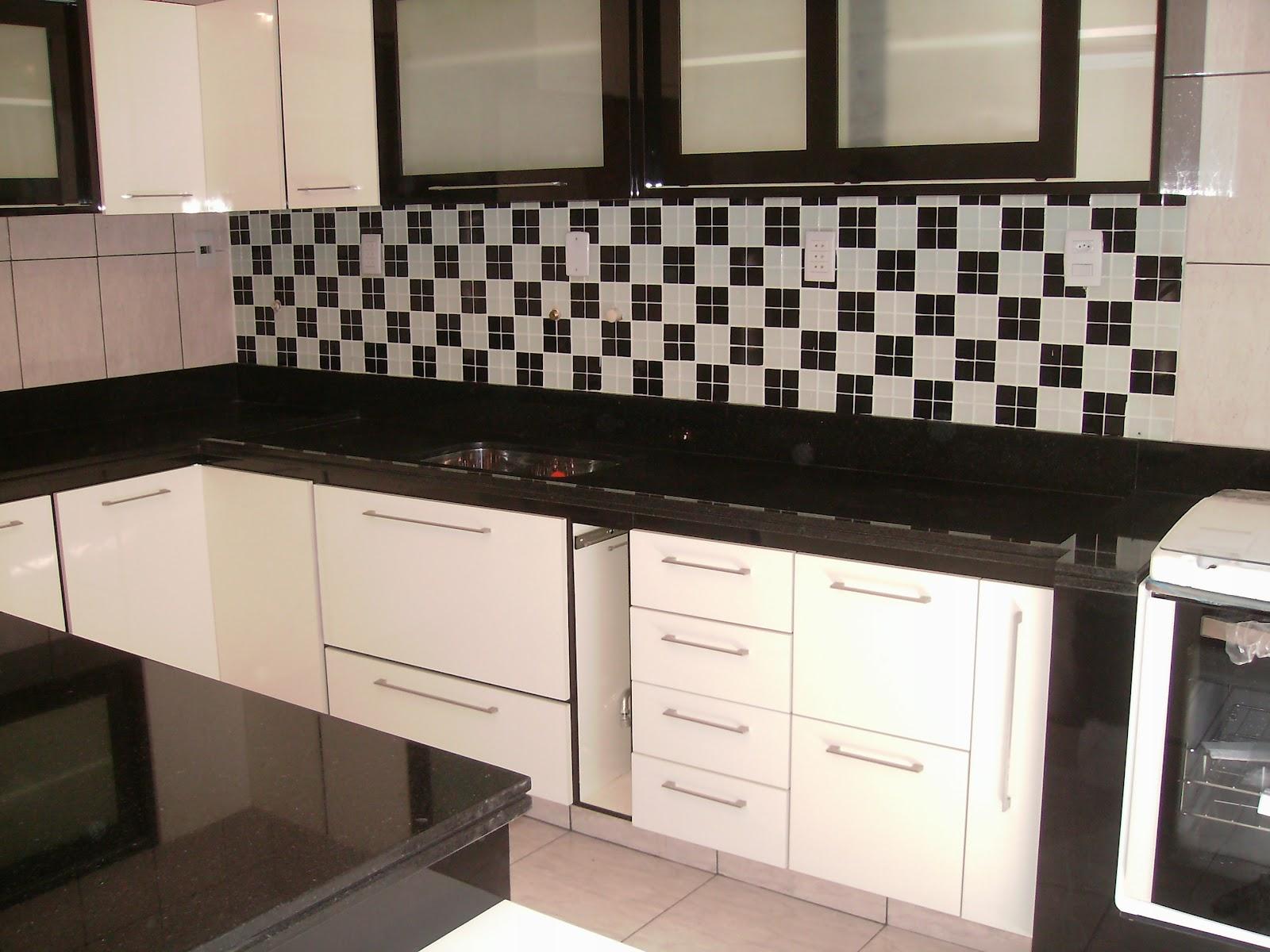 Assim que possível posto as fotos do nosso banheiro pronto muita  #856546 1600x1200