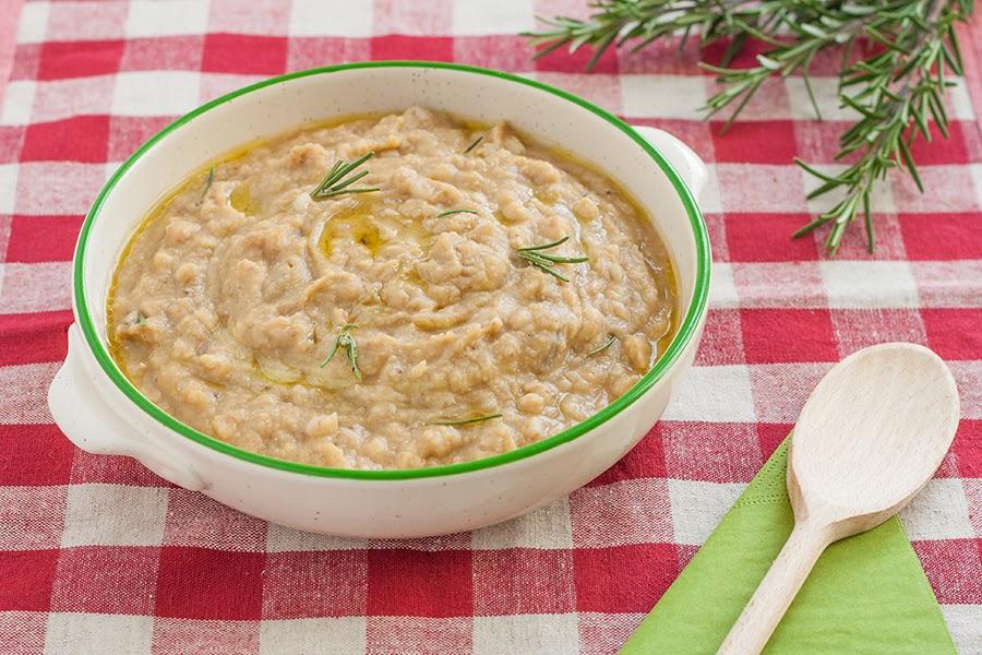 ricetta per zuppa di cicerchie e farro toscano