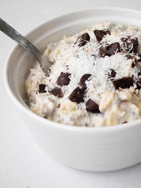 The Oatmeal Artist: Overnight Coconut Oatmeal