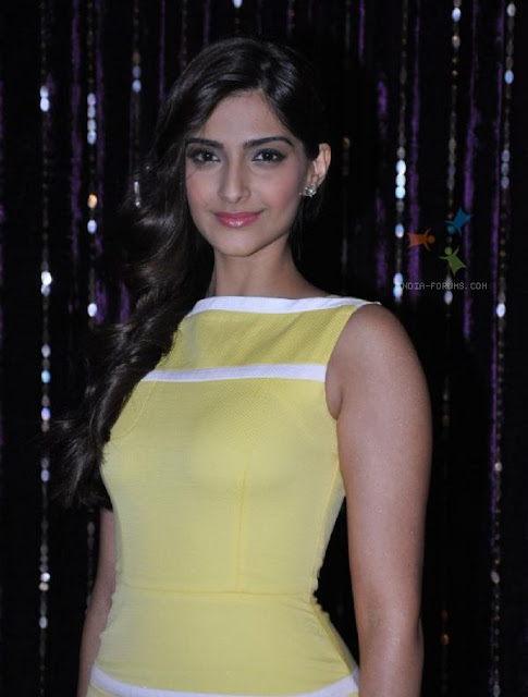 SonamSonam Kapoor Hot Photos