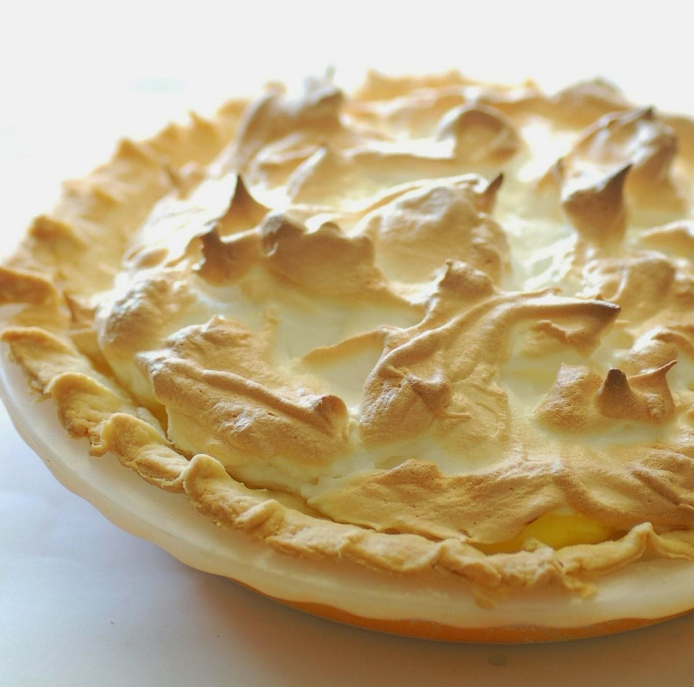 Makanan Lemon Meringue Pie