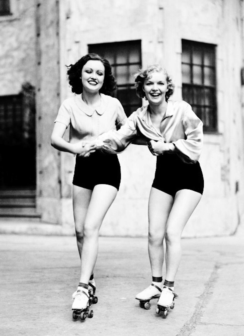 Roller skates vintage - Roller Skating Ca 1930s