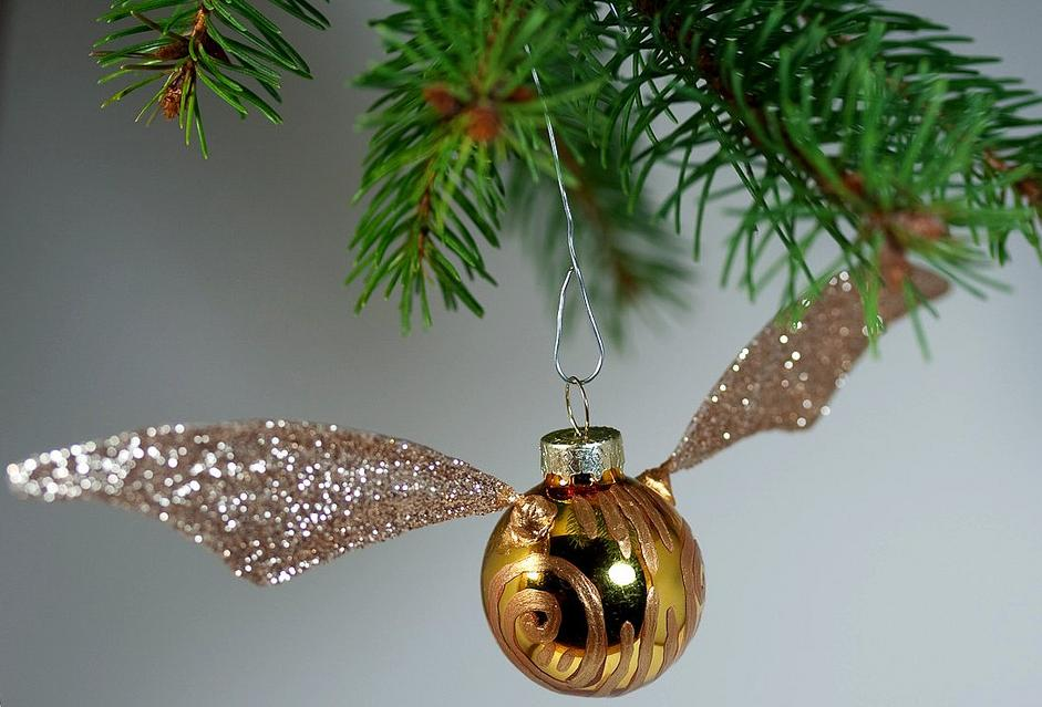 Don 39 T Stand There Gawping Make Your Own Golden Snitch