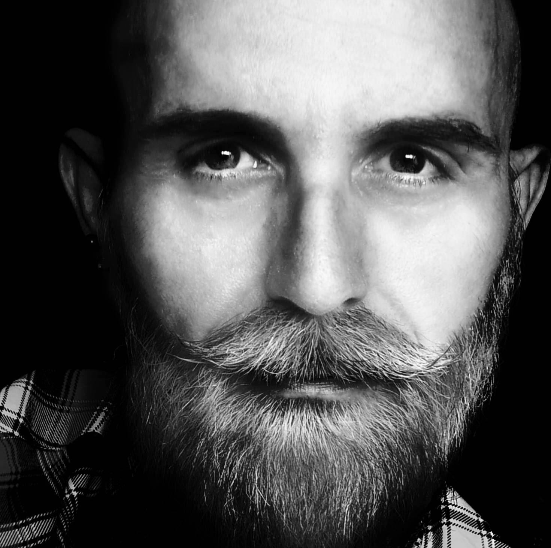 homme barbu colchester