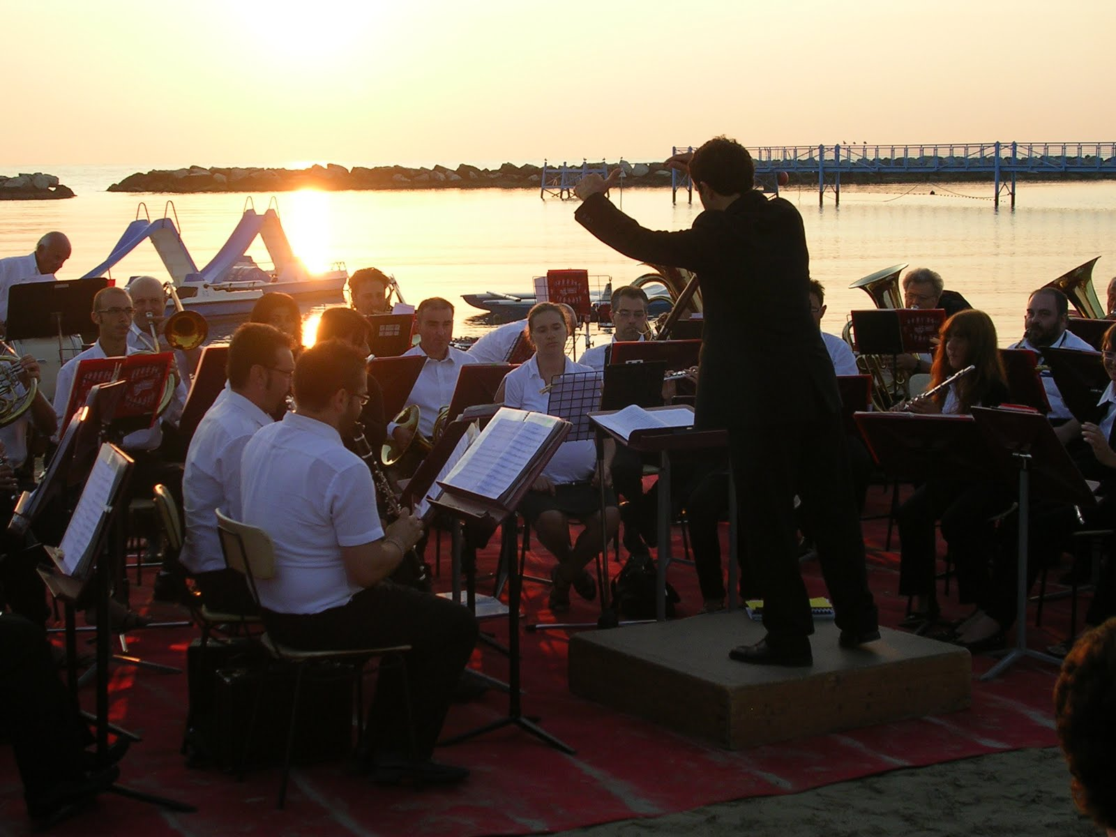 Amici della musica san mauro pascoli agosto 2011 - Bagno delio san mauro a mare ...