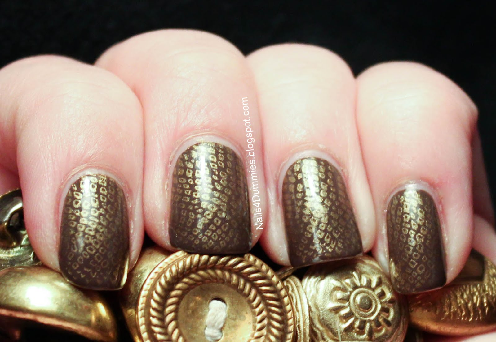 Nails 4 Dummies!: Golden Snake Stamp Nails